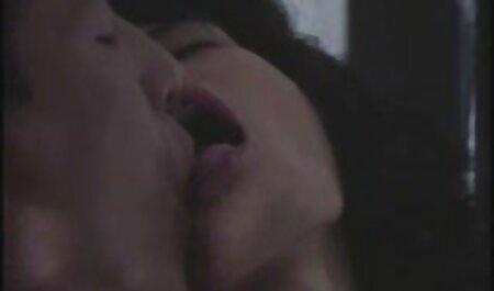 La señorita Diosa lo hace arrojar su carga videos xxx amateur gratis dentro de su coño negro