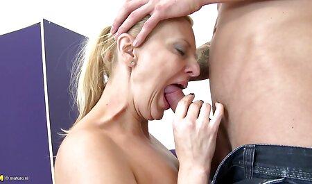 INGERIDO sexo casero jovencitas Mamada desordenada con Adriana y Kayla