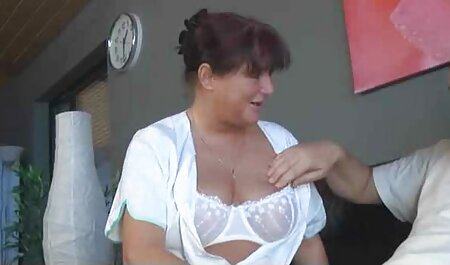 Leyla Peachbloom obtiene sus agujeros xporno amateur llenos de esperma de