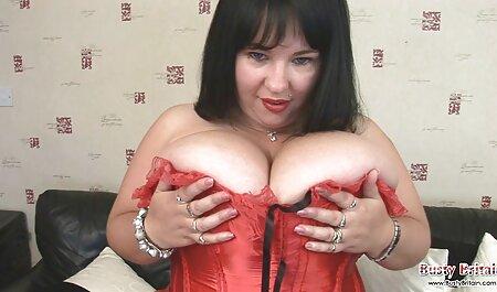 BLACKEDRAW Dos rubias se follan travestis amateur videos a dos BBC dominantes después de una noche